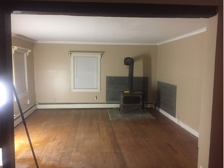 3 bedroom 2 bath house in Oak Hill $900